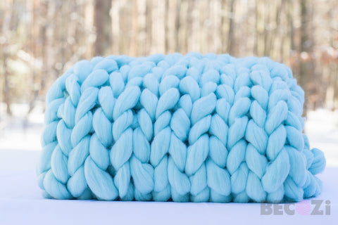 becozi chunky knit blanket winter blue