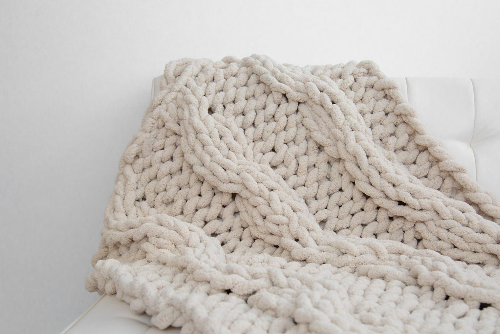 Chunky Chenille Yarn Blanket, Cable knit