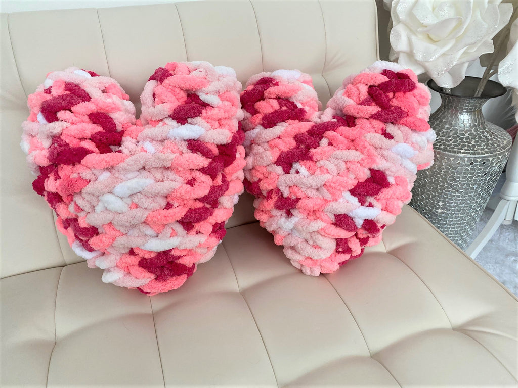 Heart Pillow, Chunky chenille