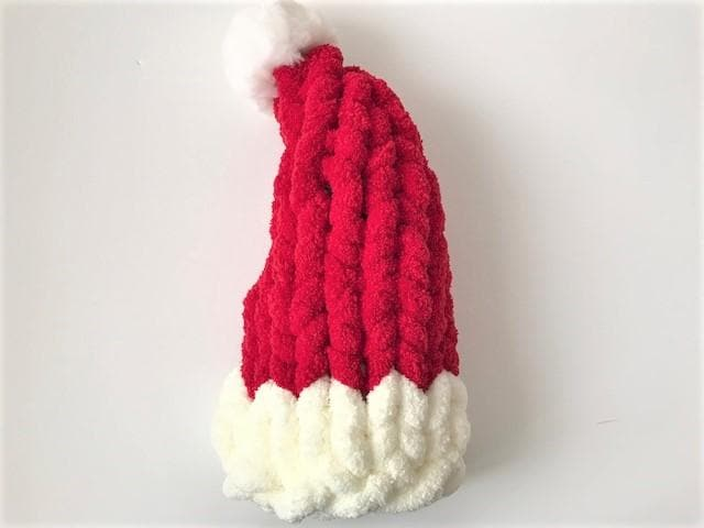 "Video tutorial ""Hand Knit a Santa Hat"""