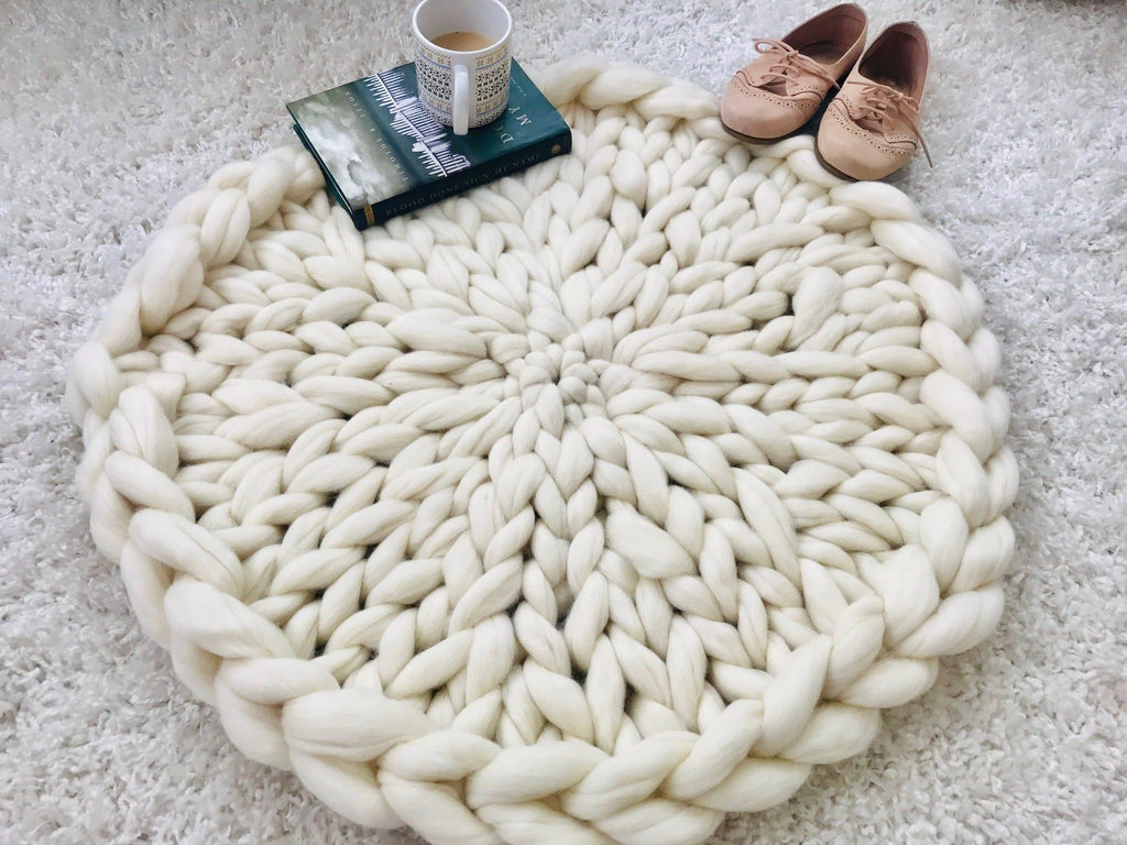 Video Tutorial Hand Knit Circular Rug
