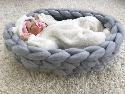 Baby Nest Hand knitting video tutorial