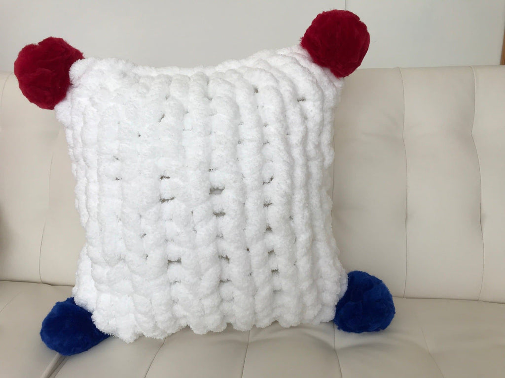Square pillow, Jumbo Chenille Yarn
