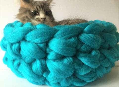 Vegan Yarn, Cat Bed, Chunky Vegan Yarn