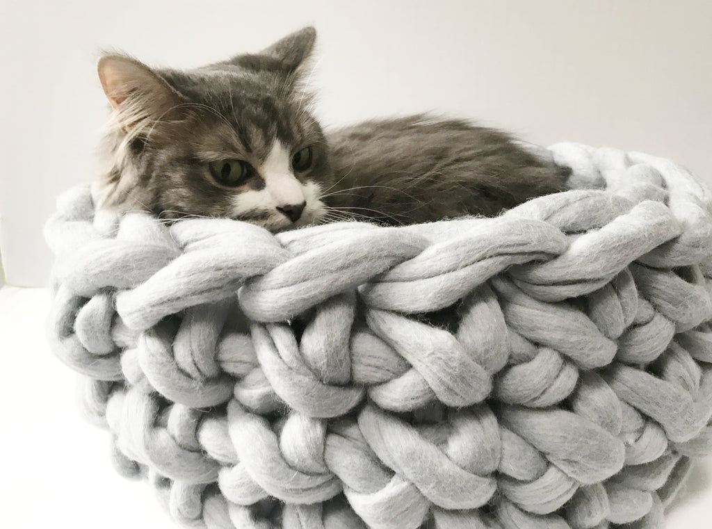 Cat Bed, Felted Merino. 16 in