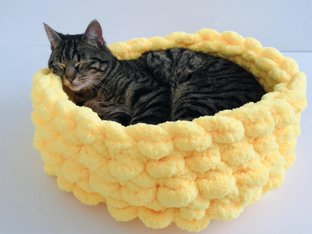 Cat Bed, Chunky Chenille Yarn