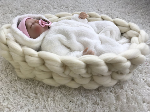 Baby Nest made with Merino wool