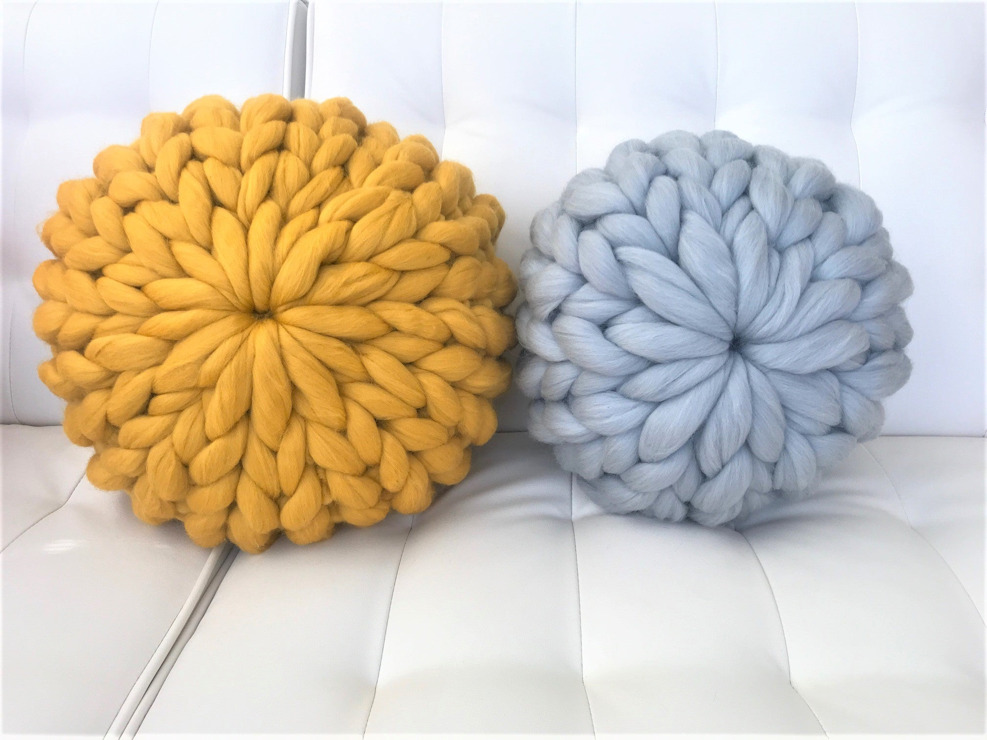 Diy Knit Kit For A Round Pillow Becozi