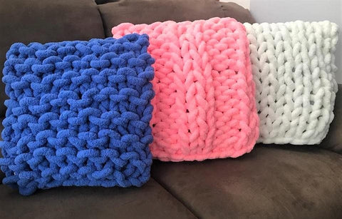 Square pillow, Chunky Chenille Yarn