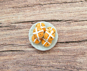 MTO - Miniature Hot Cross Buns - Doll House 1:12 Scale - SweetsOfMyOwn