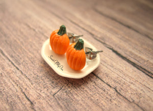 Pumpkin - Stud Earrings