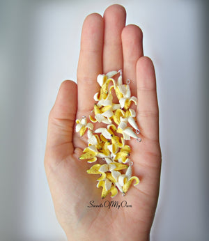 Peeled Banana Charm - SweetsOfMyOwn
