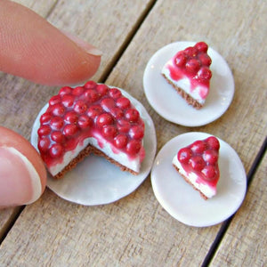 Cherry Cheesecake Miniature - SweetsOfMyOwn