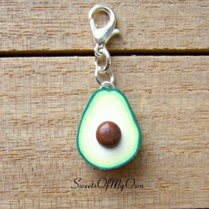 Avocado Half Charm - 1.5cm in size - SweetsOfMyOwn