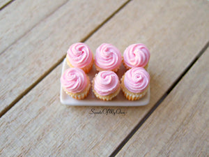 Miniature Pink Cupcakes 1:12 Scale - SweetsOfMyOwn