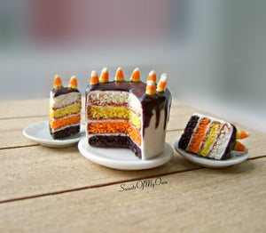 Halloween Candy Corn Cake - Dollshouse Miniature
