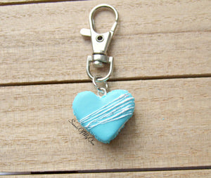 Blue Heart Macaron Icing Drizzle and Glitter Charm - SweetsOfMyOwn