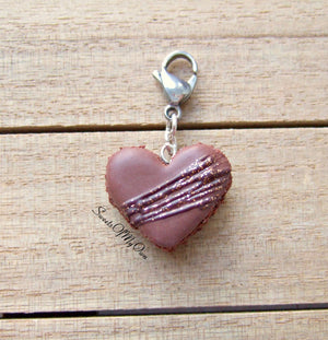 Chocolate Heart Macaron Icing Drizzle and Glitter Charm - SweetsOfMyOwn