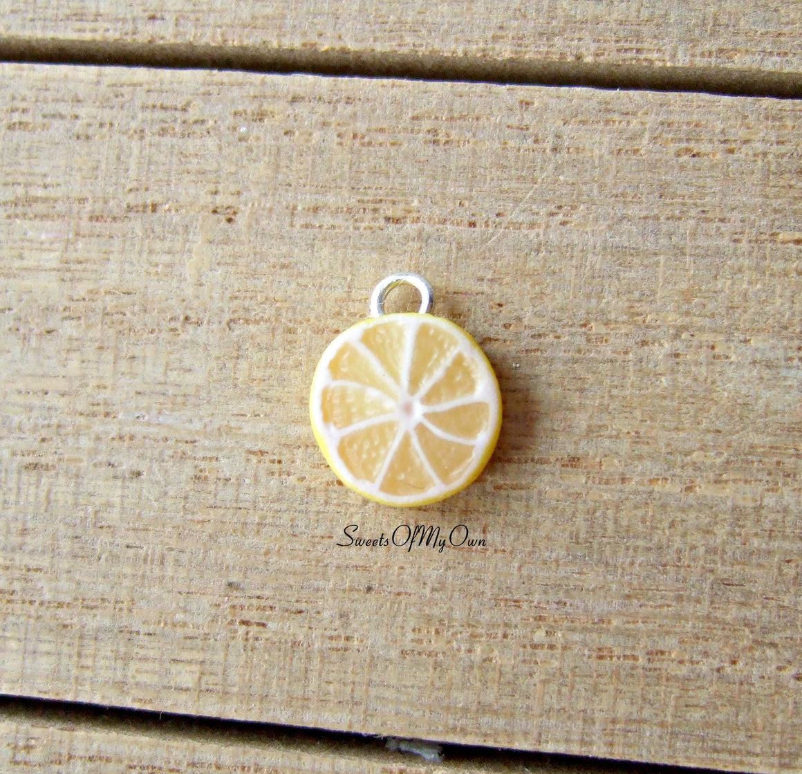 Lemon Slice Charm (small) - SweetsOfMyOwn
