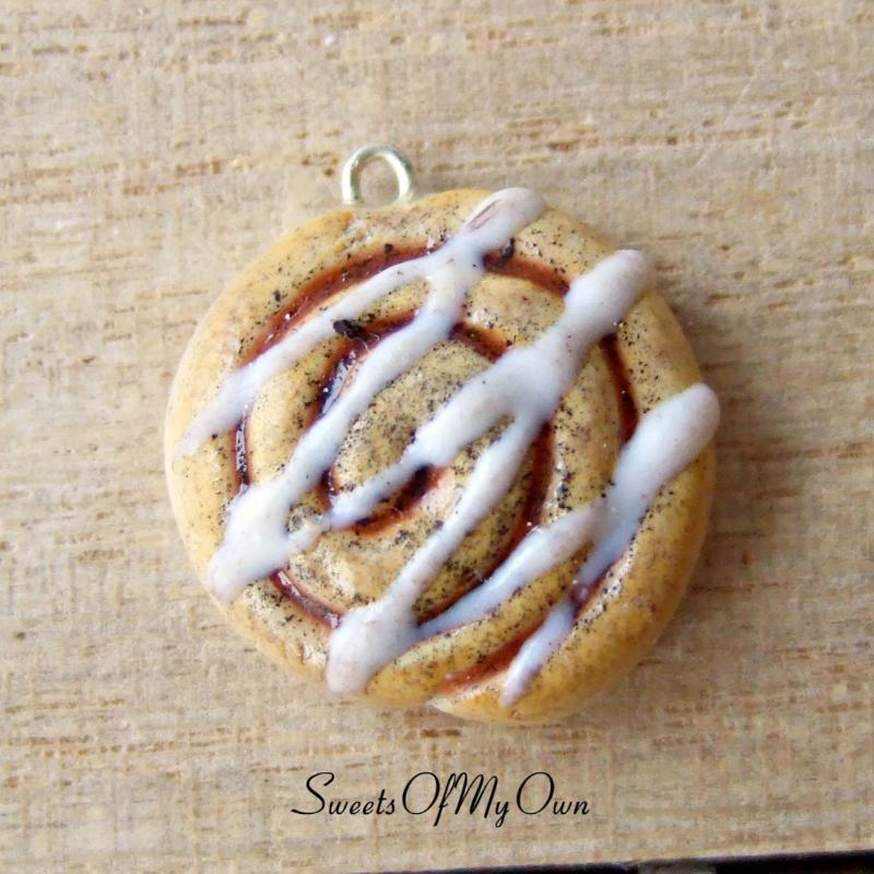 Cinnamon Swirl Charm (older version) - SweetsOfMyOwn