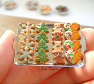 Miniature Christmas Biscuit Set - Shortbread Snowflake, Tree, Bear, Heart 1:12 Scale - SweetsOfMyOwn