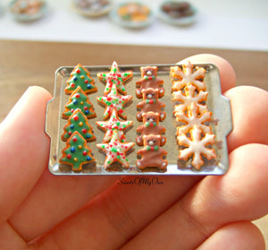 Miniature Christmas Biscuit Set - Shortbread Tree, Star, Bear, Snowflake 1:12 Scale - SweetsOfMyOwn