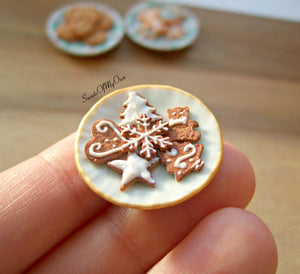 Plate of Miniature Biscuits - Gingerbread Mixed Designs 1:12 Scale - SweetsOfMyOwn