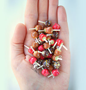 Miniature Red Toffee Apples 1:12 Scale - Set of 4 - SweetsOfMyOwn