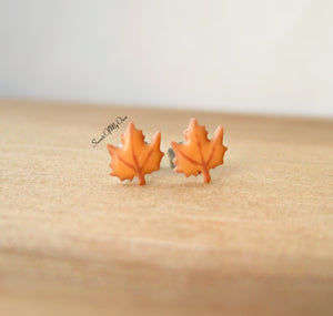 Gingerbread Leaf Biscuit Stud Earrings - SweetsOfMyOwn