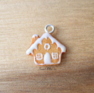 Gingerbread House Charm (small) - SweetsOfMyOwn