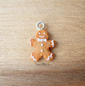 Gingerbread Man Charm (small) - SweetsOfMyOwn