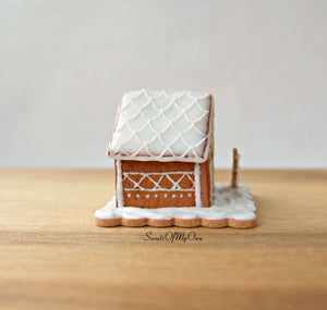 Miniature White Icing Style 4 Gingerbread House 1:12 Scale - SweetsOfMyOwn