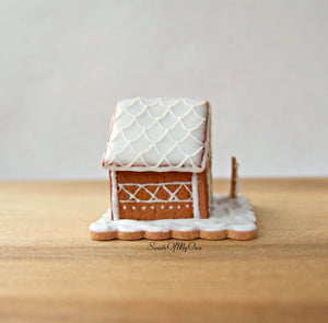 Miniature White Icing Style 2 Gingerbread House 1:12 Scale