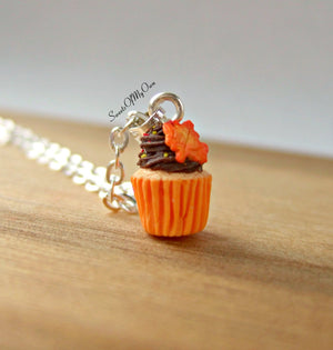 Chocolate Maple Leaf Cupcake Charm (small) - SweetsOfMyOwn
