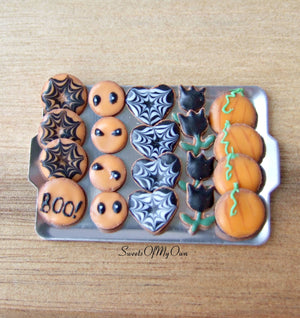 Miniature Halloween Biscuit Set 1:12 Scale - Gingerbread Tray 4 - SweetsOfMyOwn