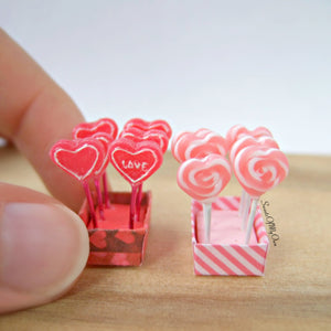 Miniature Red Heart Lollipops - Doll House 1:12 Scale - SweetsOfMyOwn
