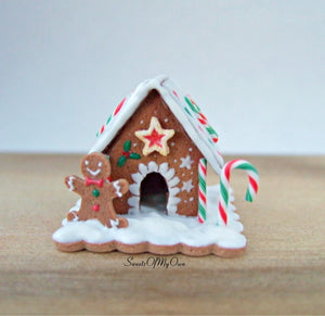 Miniature Heart Candy Cane Roof Gingerbread House - 1:12 Scale - SweetsOfMyOwn