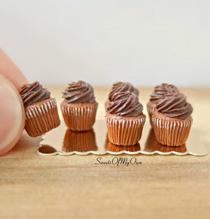 Miniature Chocolate Cupcakes - Doll House 1:12 Scale