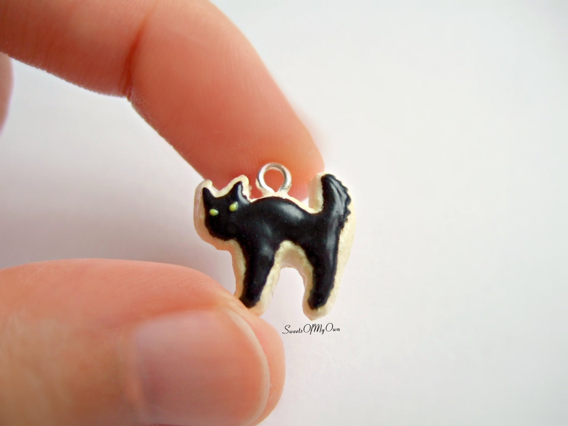 Scared Black Cat Biscuit - Necklace/Charm - MTO