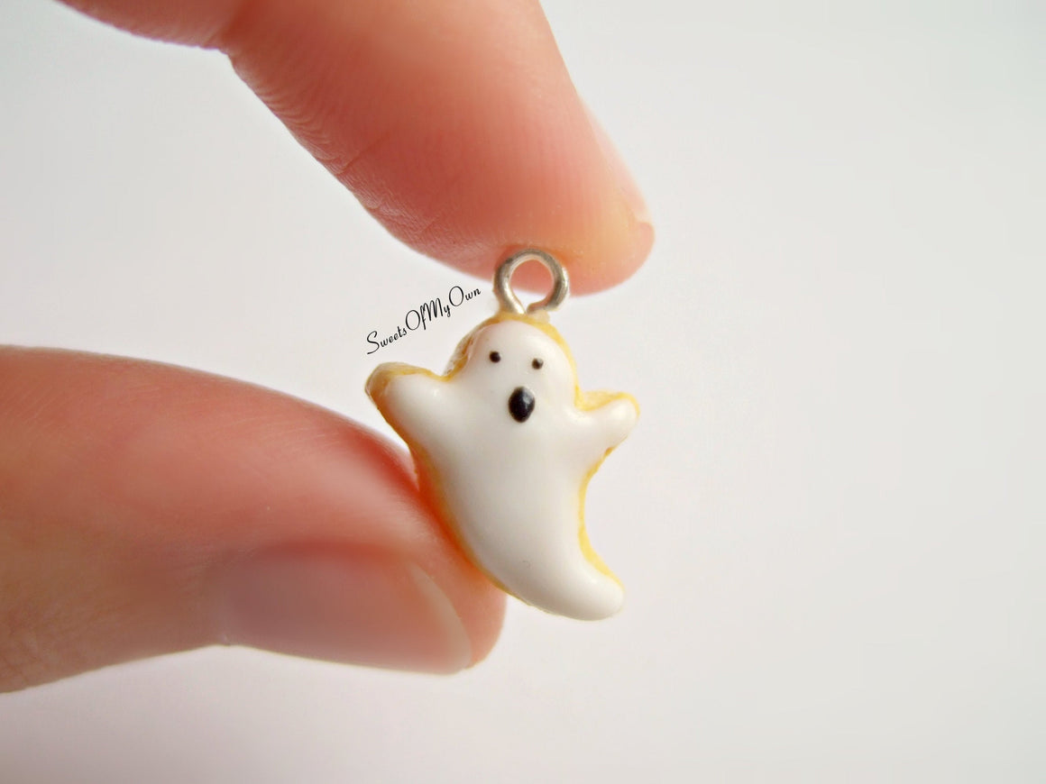 Spooky Ghost Biscuit - Necklace/Charm - MTO
