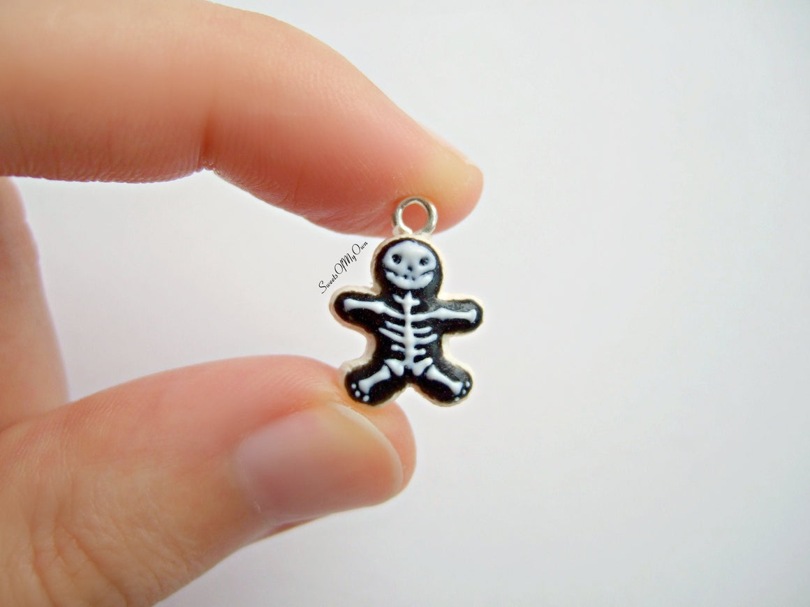 Skeleton Biscuit - Necklace/Charm - MTO