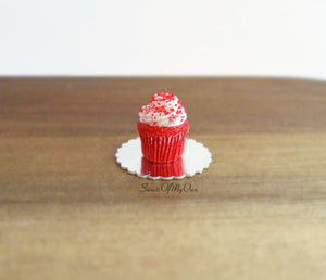 Miniature Red Velvet Cupcake - Doll House 1:12 Scale