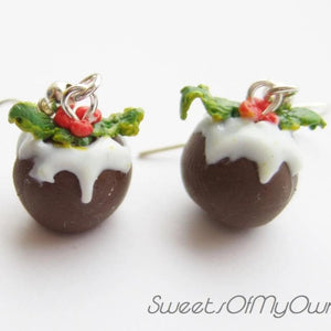 Christmas Pudding - Dangle Earrings - SweetsOfMyOwn