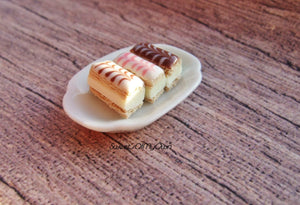 Miniature Custard Slice - Iced Custard Slices in Miniature - Bakery Item for Doll House 1:12 Scale - SweetsOfMyOwn