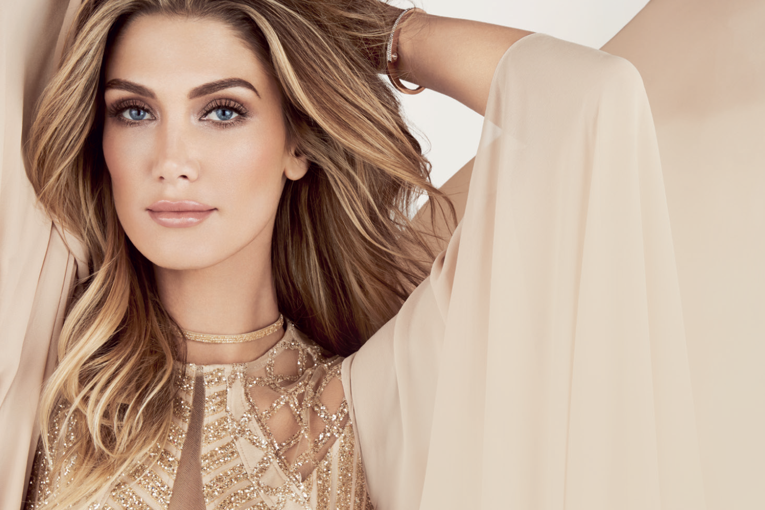 DELTA GOODREM BREAKS FRAGRANCE RECORDS