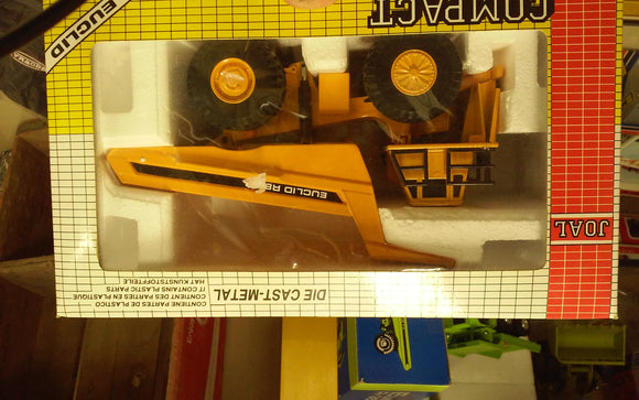 Euclid R-85B Off Road Truck - Oak Spring Bling