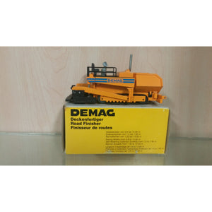 Demag Paver - Oak Spring Bling
