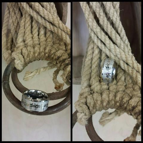 Lazer Engraved Barbed Wire Ring