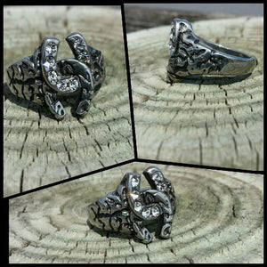 double horseshoe ring with clear rhinestones