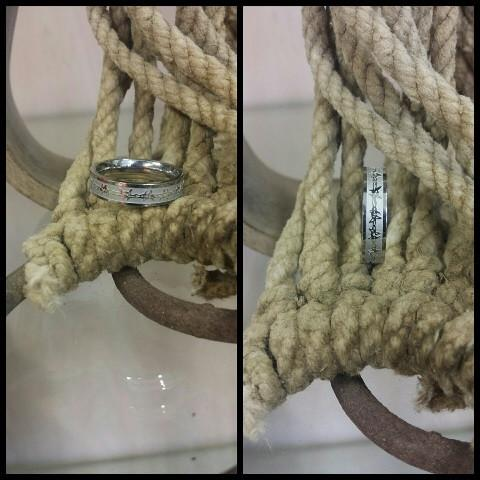 Stainless Steel Thin Barbed Wire Ring